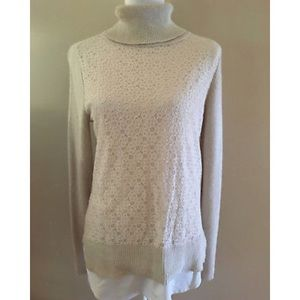 Vera Wang turtle neck sweater